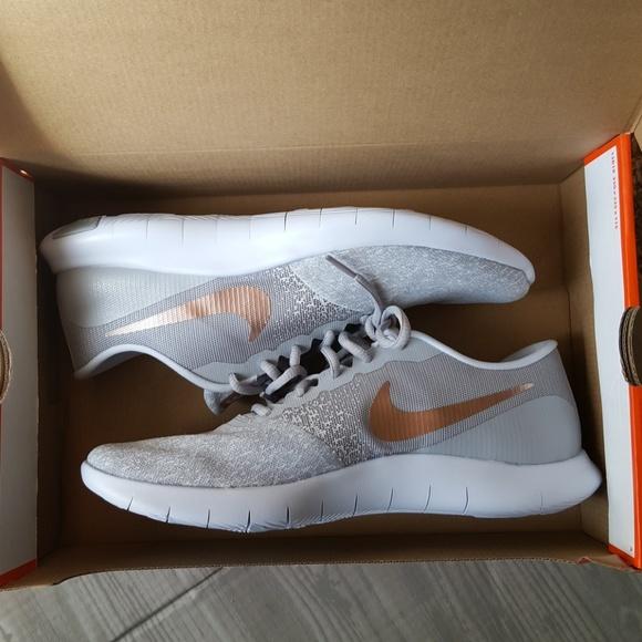 9b0926b8e8b NEW Rose Gold Nike Flex Contact running shoes 11